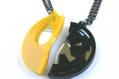 Star-Wars-Rebels-Empire-best-friends-necklaces-Laser-cut-mirror-yellow-black-plastic-2