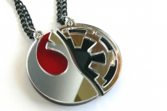 Star-Wars-Rebels-Empire-best-friends-necklaces-Laser-cut-red-black-mirror-plastic-2