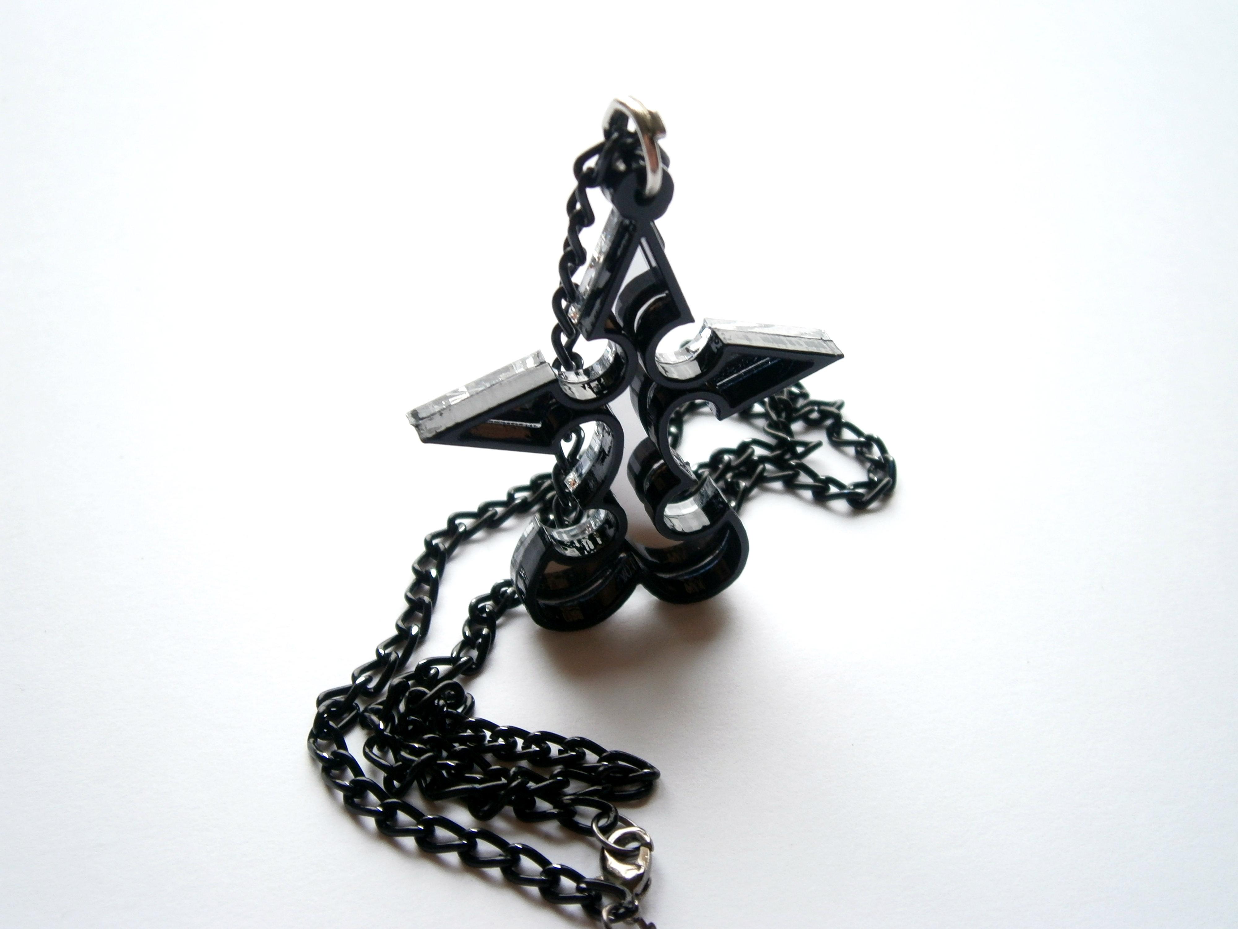 kingdom hearts nobody emblem pendant necklace laser cut