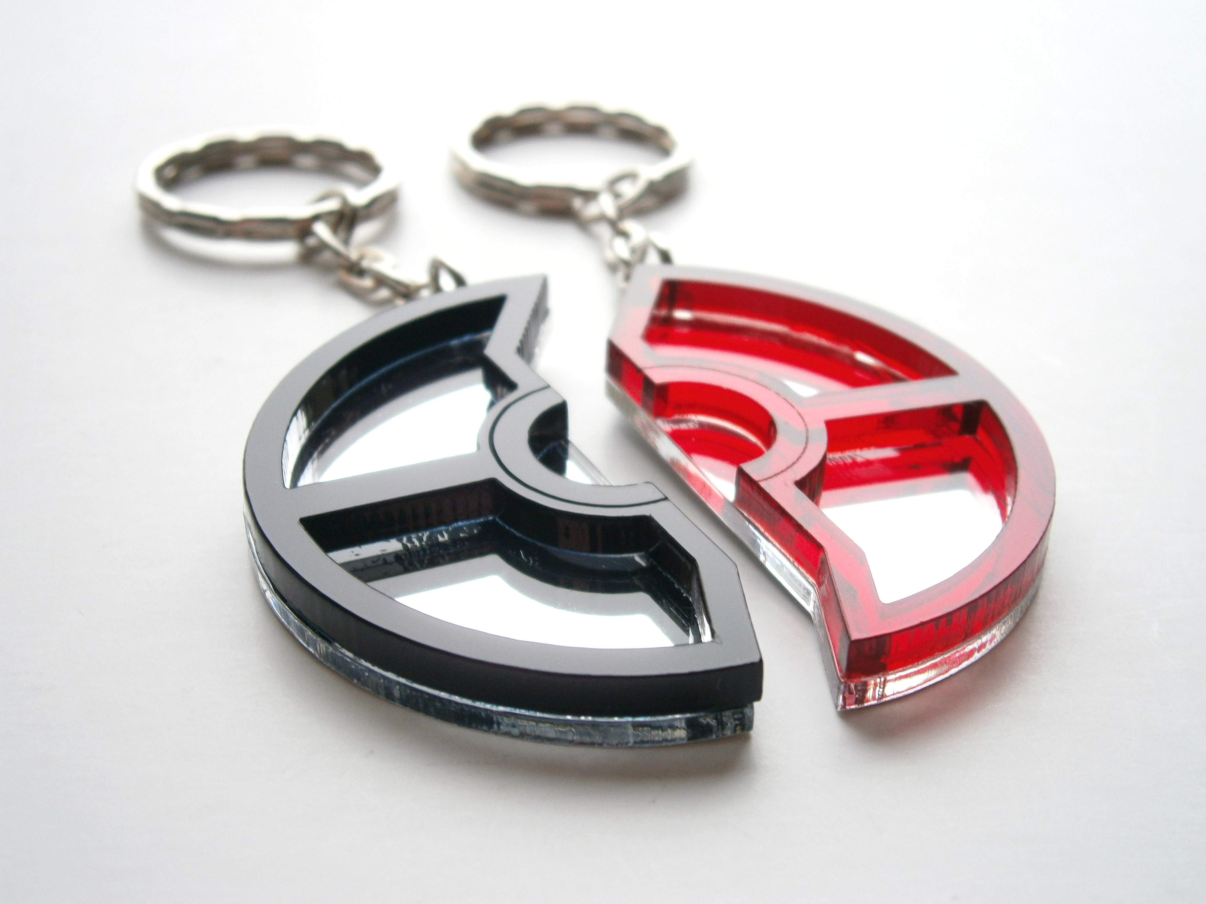 Pokeball Keychains Pokemon Black Red Friendship Keychain