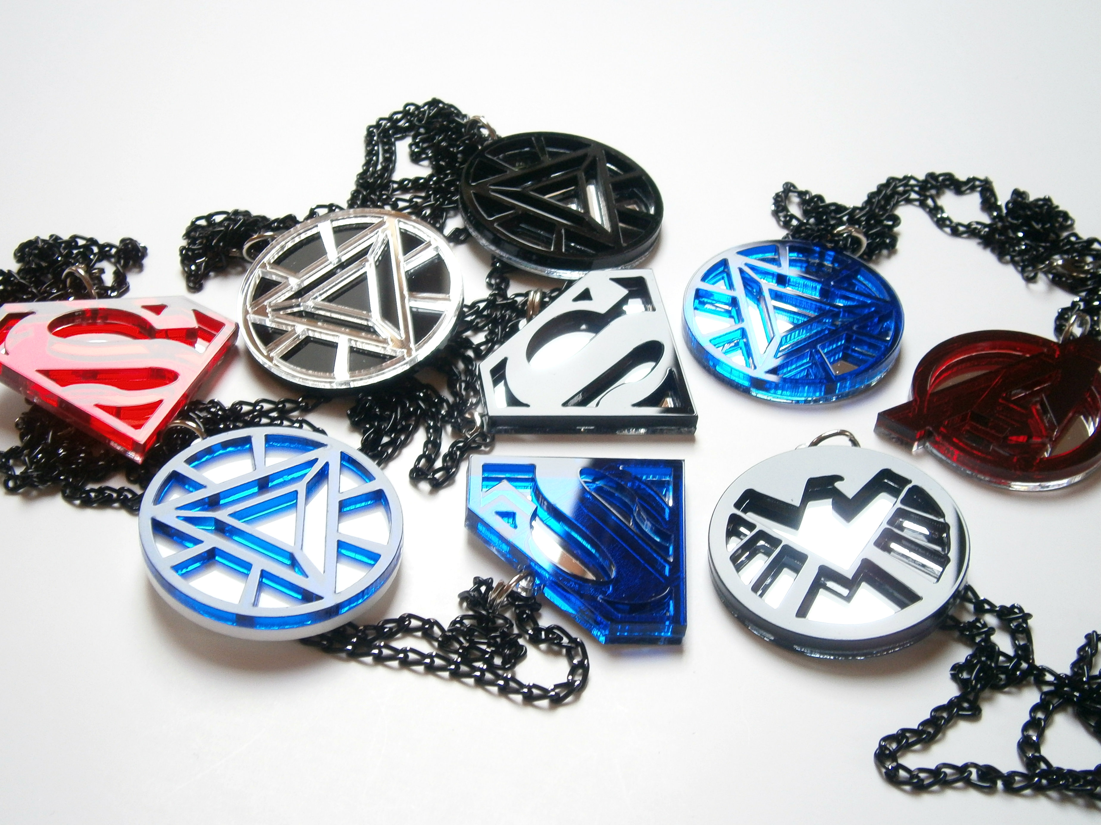 Best Friends Nightwing Batwoman Necklaces Blue
